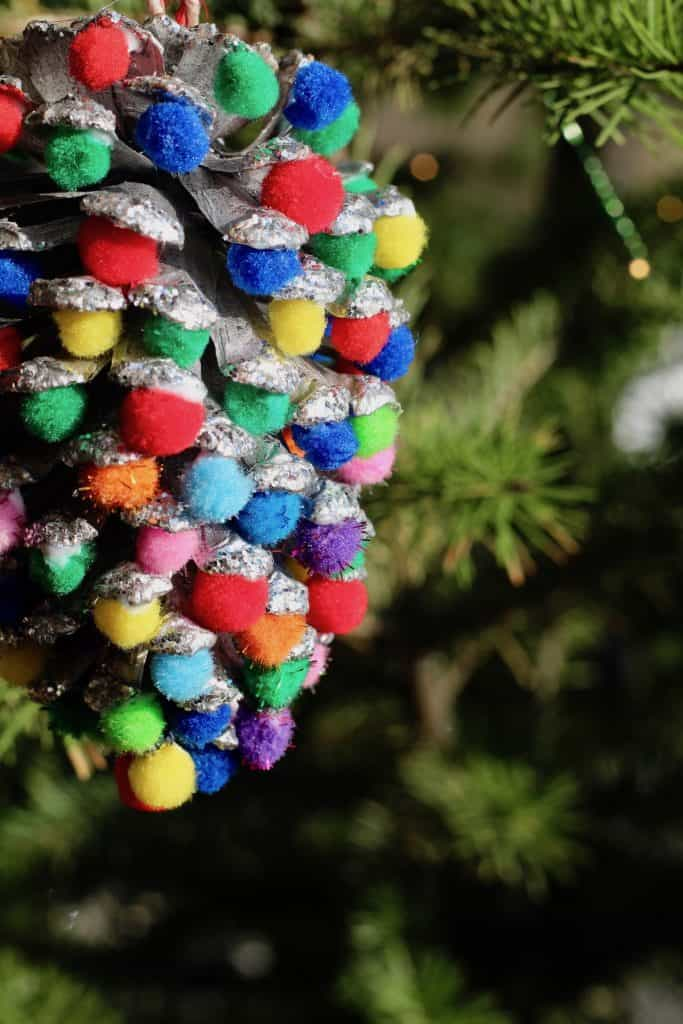 Christmas Lights Pinecone - Tree Ornament Craft for Kids