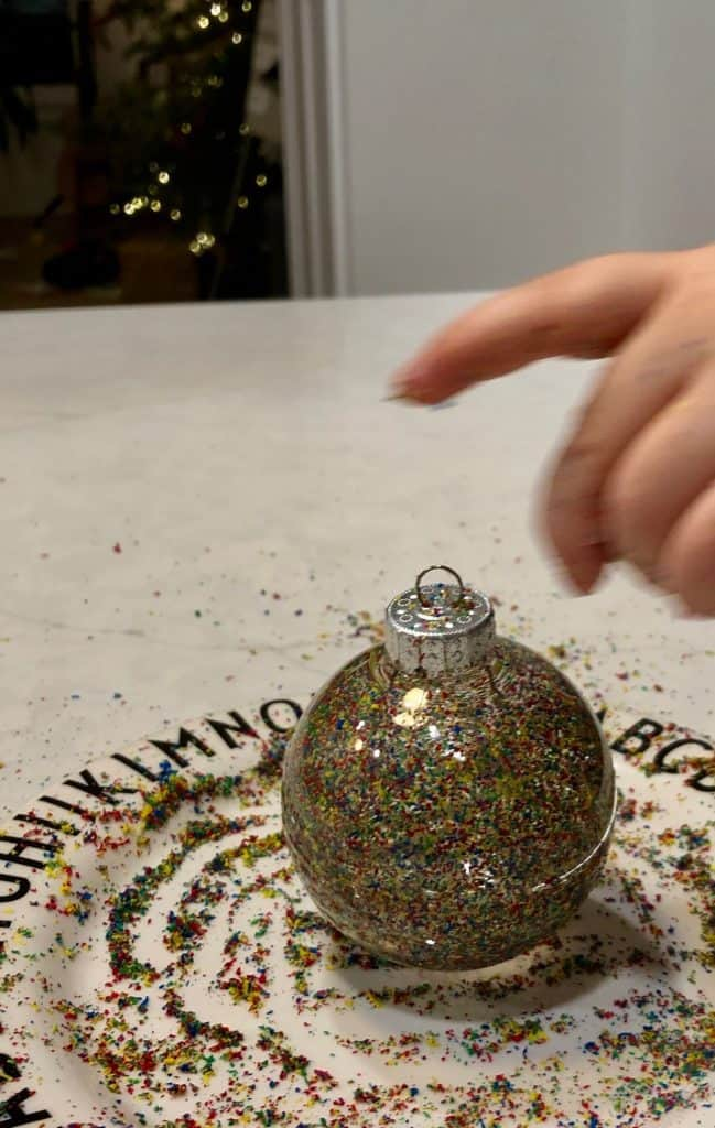 Kids DIY Christmas Ball Craft Idea