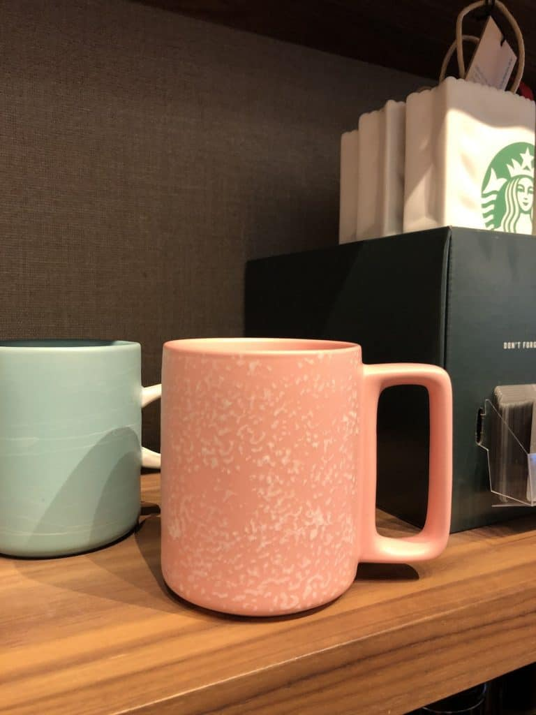 Pretty hot chocolate mugs from starbucks