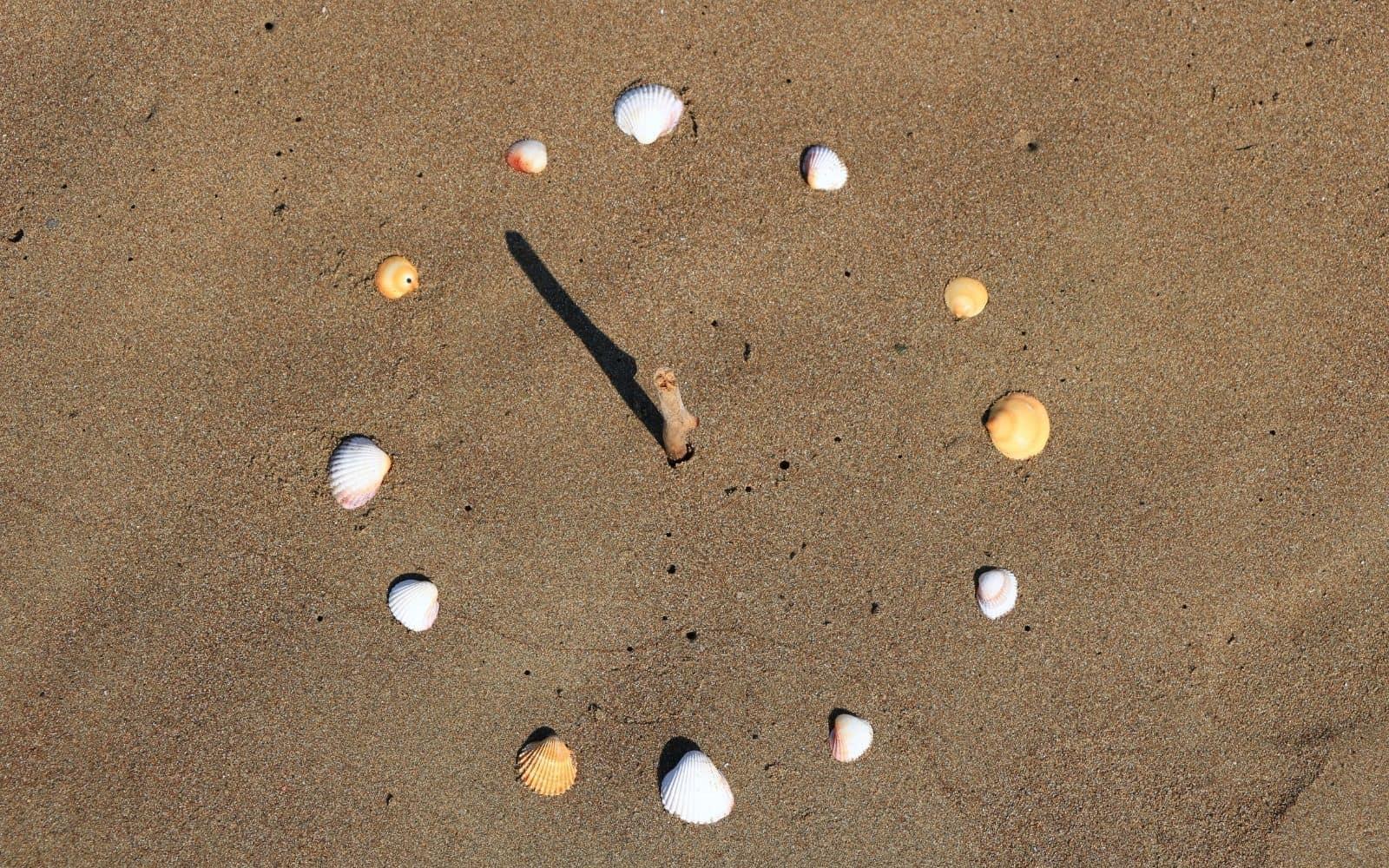 preschool sundial activity - STEM for toddlers